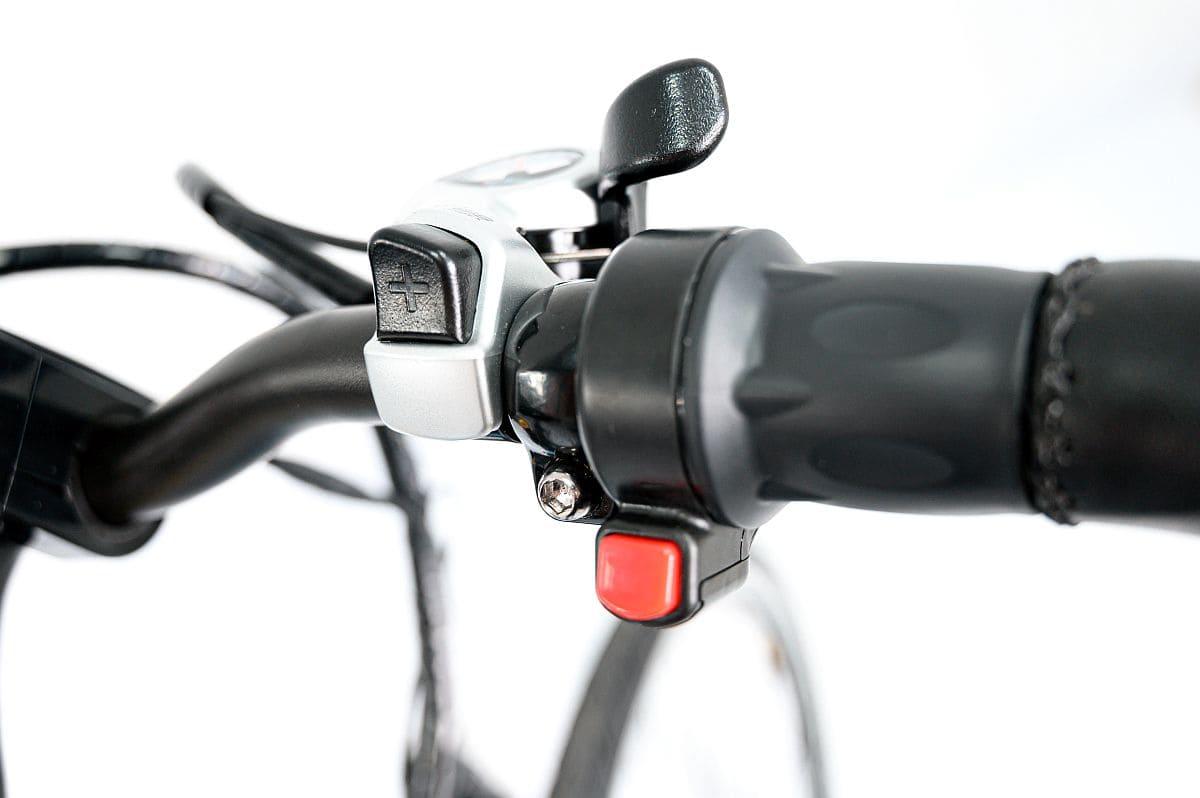 Manetka gazu w rowerze elektrycznym Muvike Speedy